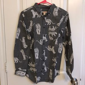 NWT Husky Long Sleeve Tiger Cat & Jack button